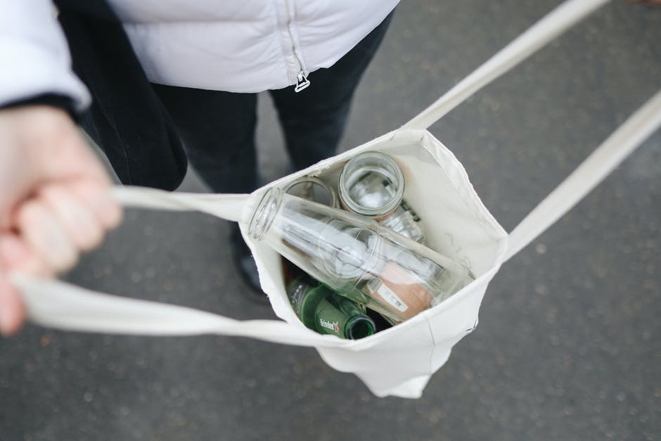 5 Ways to Downsize to a Canvas Tote Bag