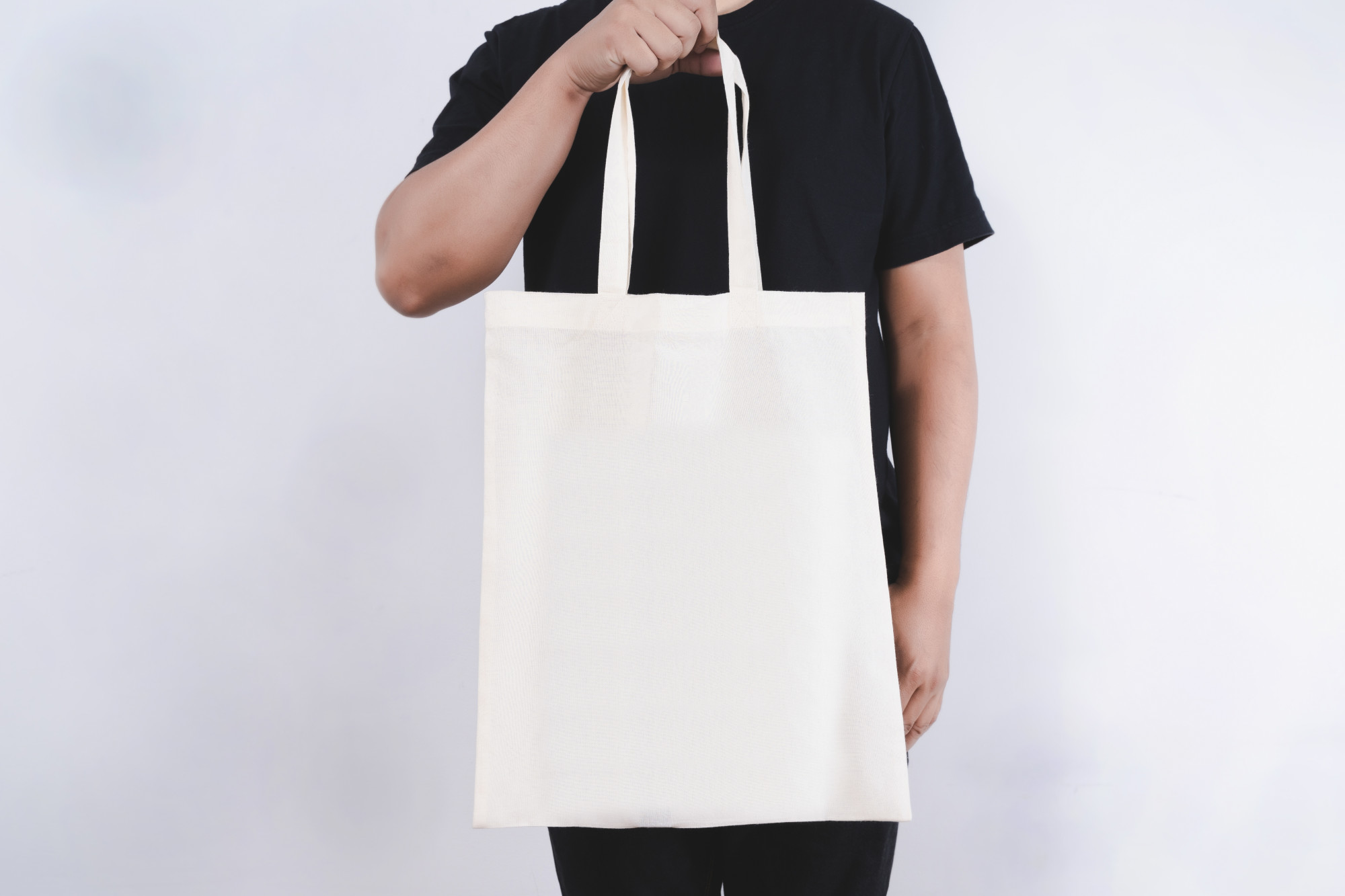 Going Green: 3 Ways Our Reusable Canvas Tote Bags Help the Environment